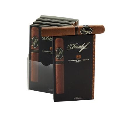 Davidoff Nicaragua Toro Box Press 5/4-CI-DVN-TORBPPK - 400