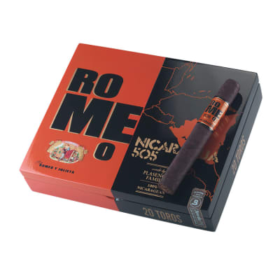 Romeo 505 Nicaragua by Romeo y Julieta Toro - CI-RNR-TORN